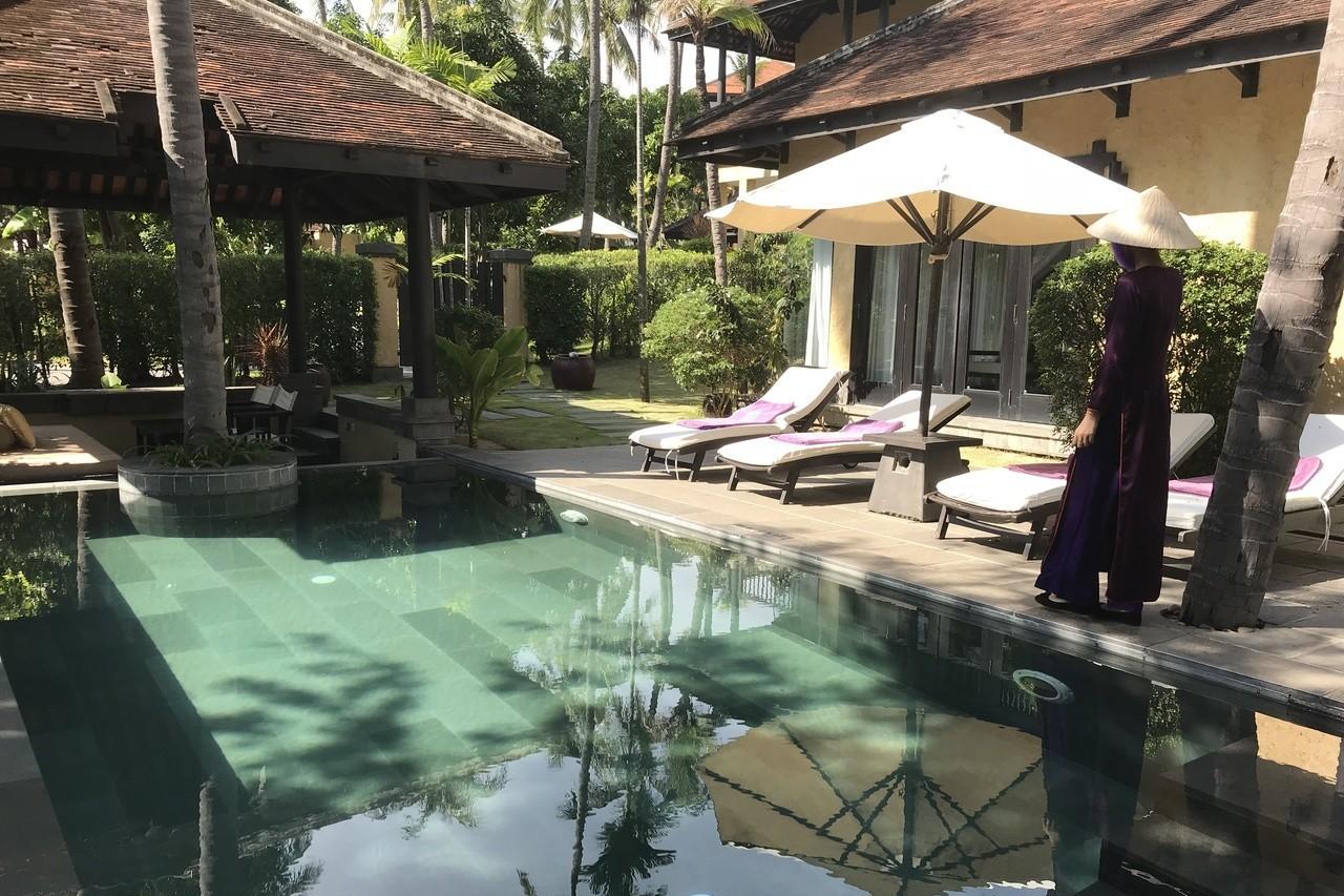 度假酒店Villa設有個人泳池。 記者黃日暉/攝影