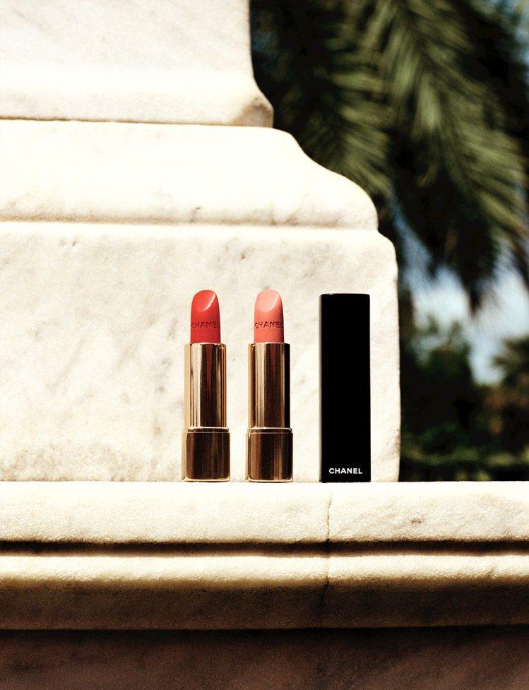 (由左至右)香奈兒超炫耀的絲絨唇膏#66紅色高跟鞋、#65龍舌蘭日出,各1,25...