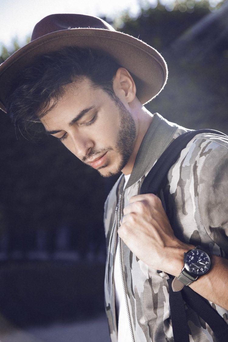 巴黎時尚網紅Jerome.c演繹Cerruti 1881 50周年紀念款限量腕表...