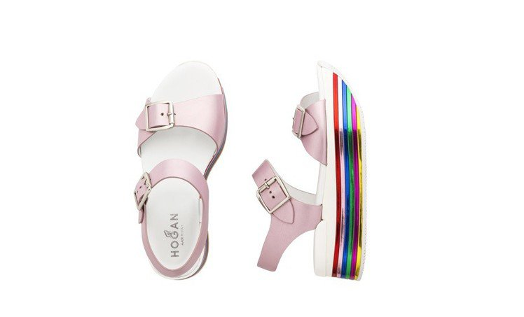 HOGAN彩色霓虹系列選擇飽和鮮明的色調為品牌經典H222鞋款換新裝,本季更全新...