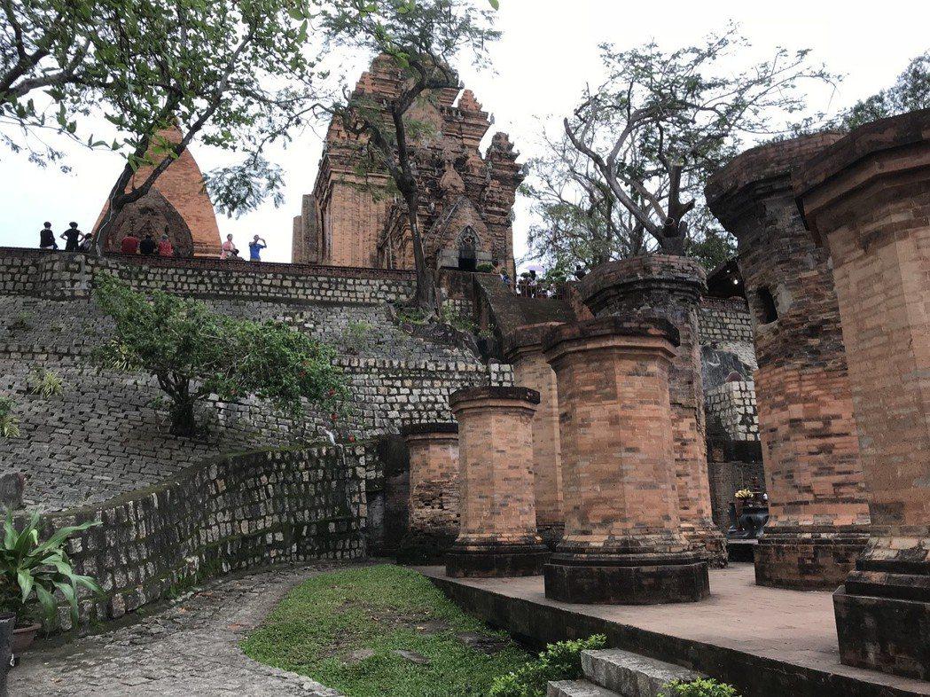 芽莊占婆塔廟,是占族信仰最具代表性的建築。 記者黃日暉/攝影
