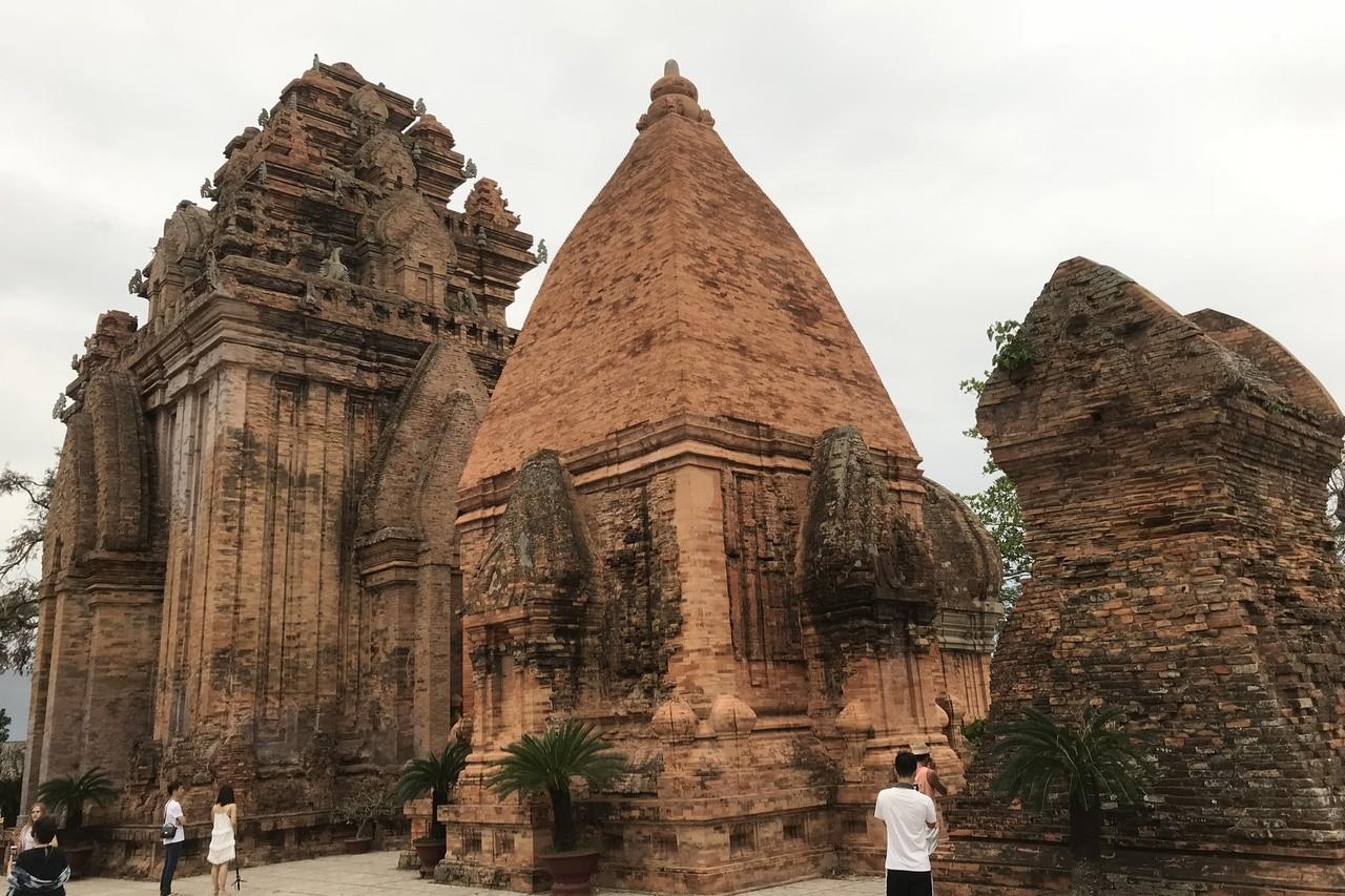 雄偉的占婆塔建築群興建於占城王國時期。 記者黃日暉/攝影