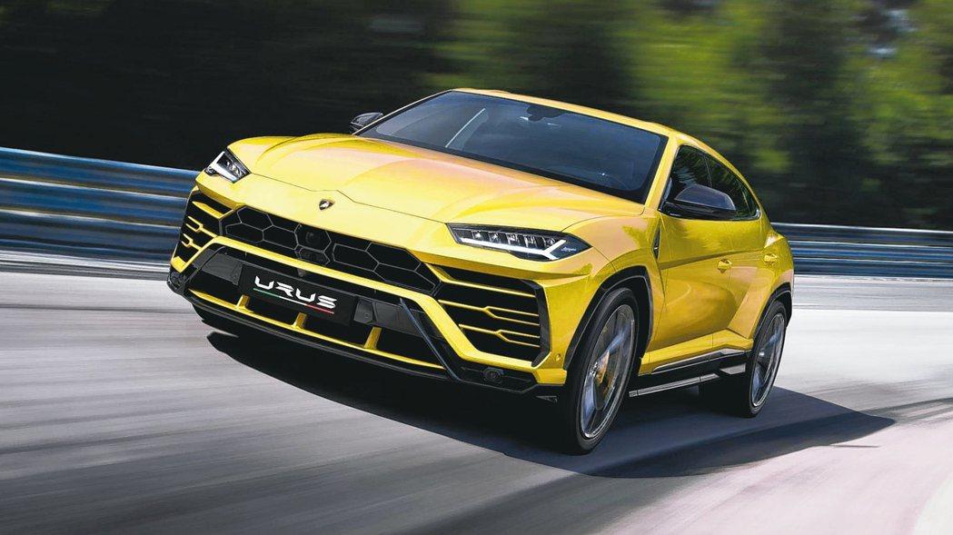 首次以概念車於2012年問世的Lamborghini Urus ,終於在2017...