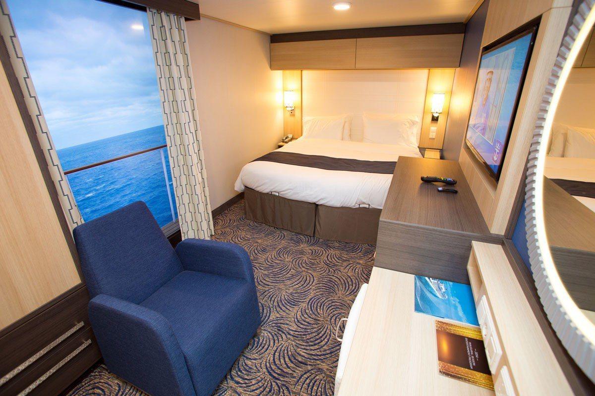 內艙房沒有對外窗,是體驗郵輪最基礎的住宿選擇。