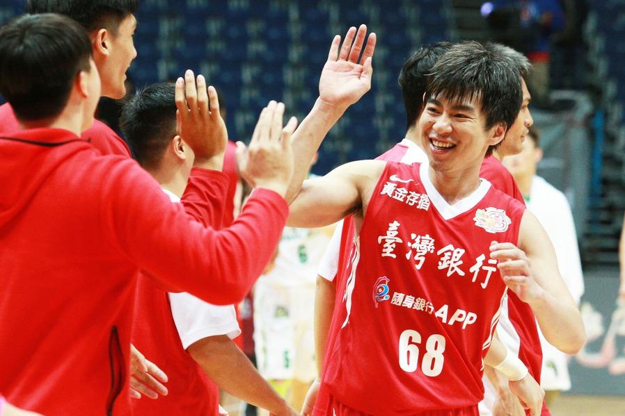 台銀隊張博勝(右)成為中華隊「老菜鳥」,但能夠入選對他而言就是種肯定。 聯合報系...