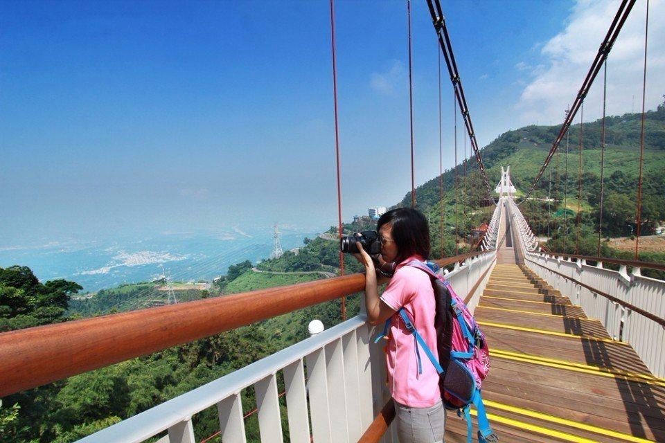 從太平雲梯可以眺望嘉南平原。(攝影/陳德偉)