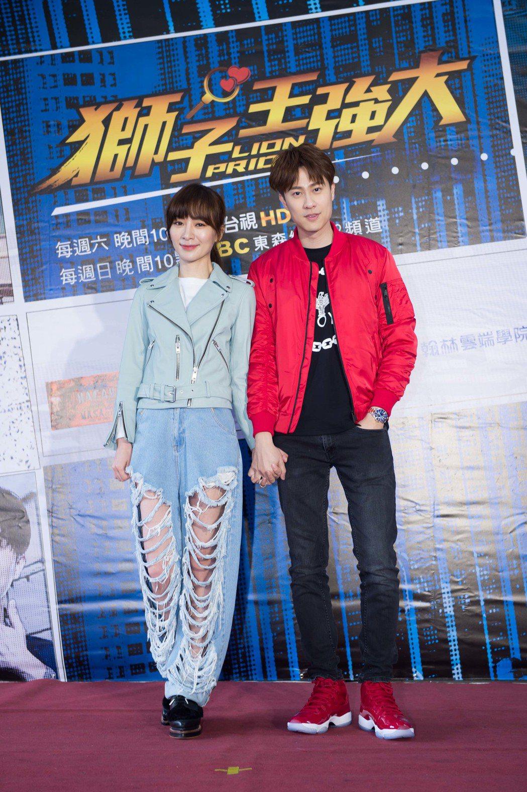 劉書宏(右)、陽靚出席粉絲見面會。圖/東森提供