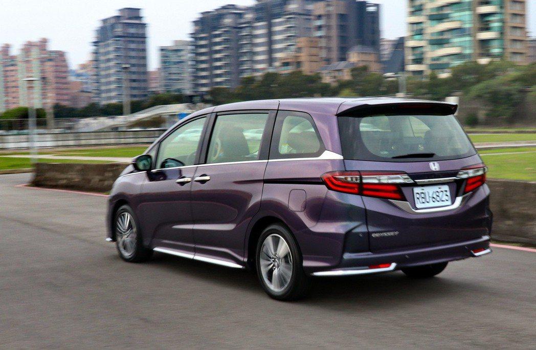 Honda Odyssey的轉向精準度讓人充滿樂趣。 記者陳威任/攝影