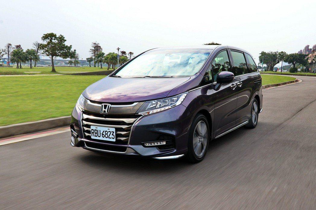 Honda Odyssey在保留乘坐表現的情況下,也提供駕駛人更多駕馭感受。 記...
