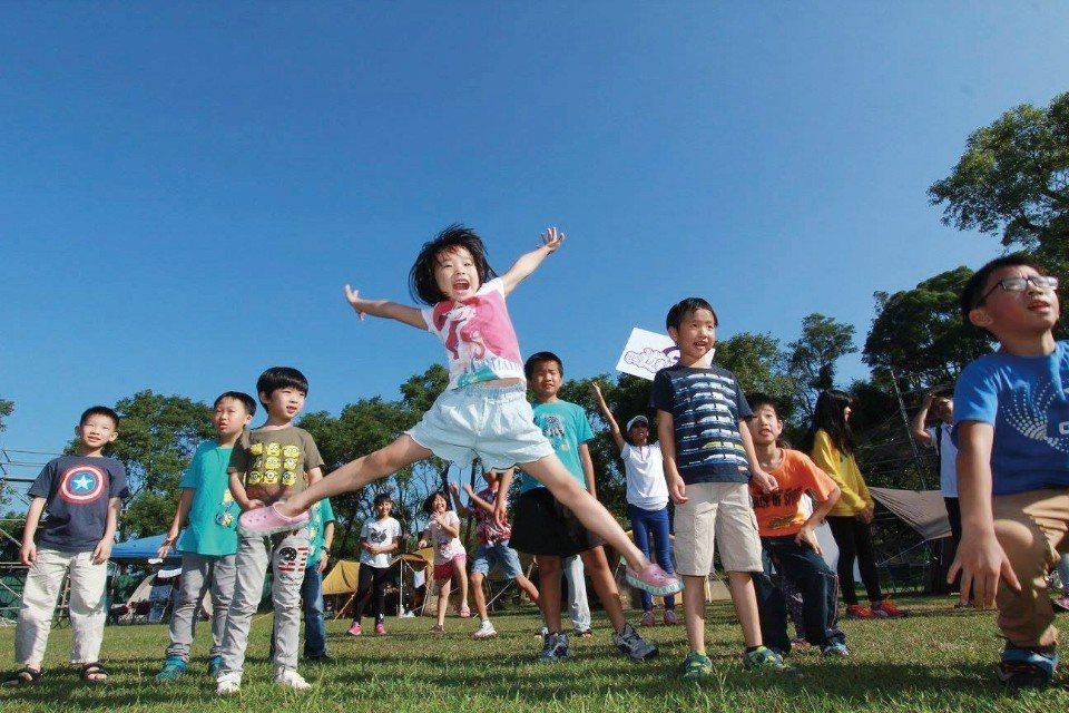 免裝備露營2天1夜親子露營團,圓了每一個孩子想露營的夢想。(圖片來源/《劉太太和...