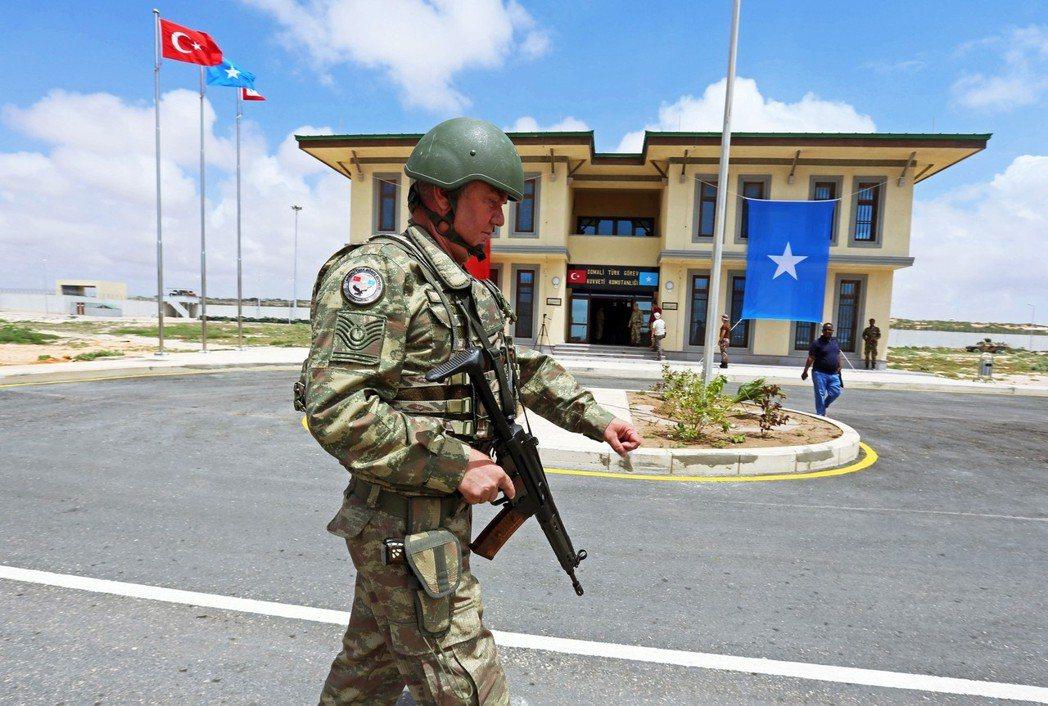 土耳其境外最大軍事基地,在去年九月於索馬利亞落成。 圖/路透社