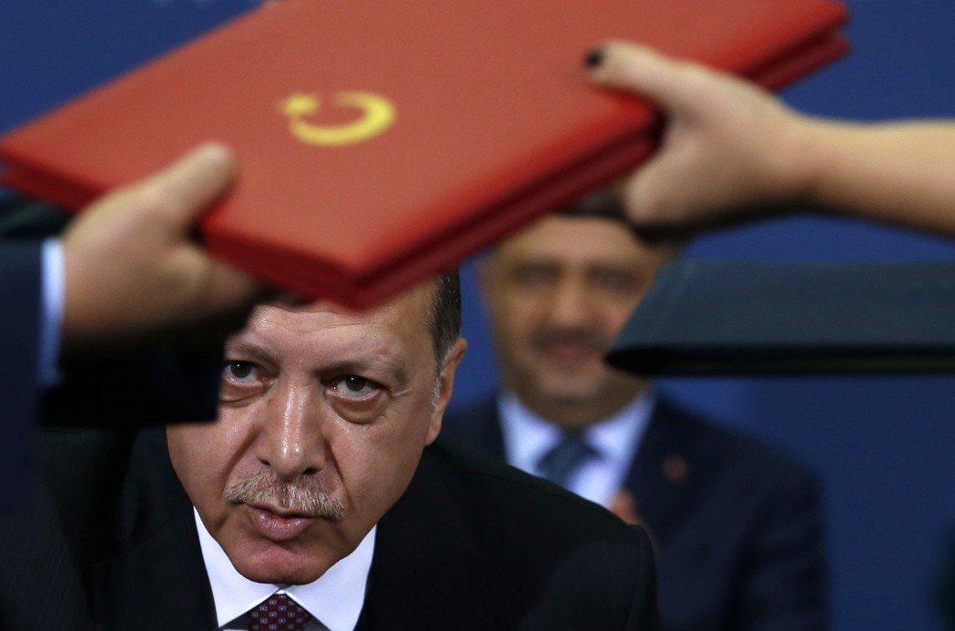 過去十年土耳其便已致力於發展與非洲國家的友好關係了,但厄多安為何需要重新打造一個...