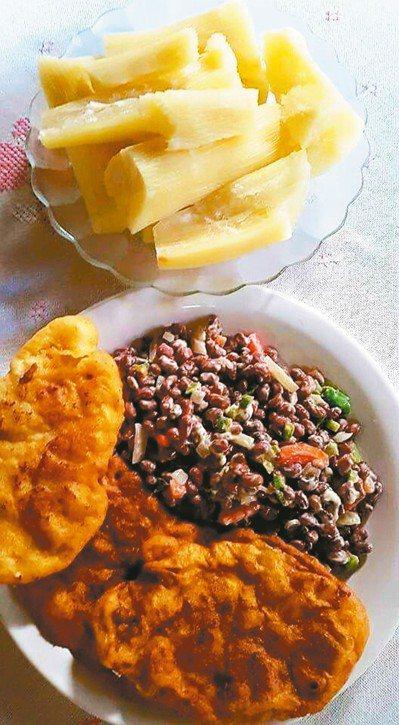 大部分餐廳都會免費提供麵包、樹薯讓你吃到飽。攝影/Jose Salinas 圖片...