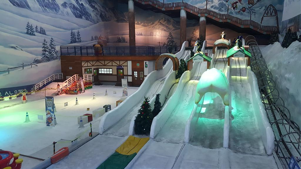 ▲ONE MOUNT冰雪溜滑梯。(圖/Tripbaa趣吧!達人帶路)