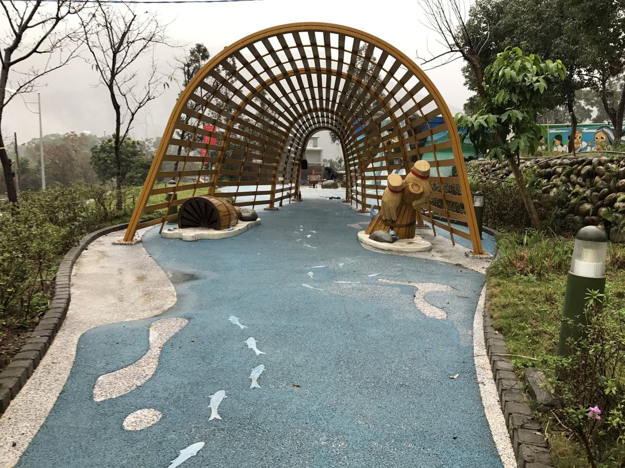 桃園市府發展羅浮溫泉一條街,規畫羅浮6處溫泉泡腳池有雨遮、露天池,預定13日舉辦...