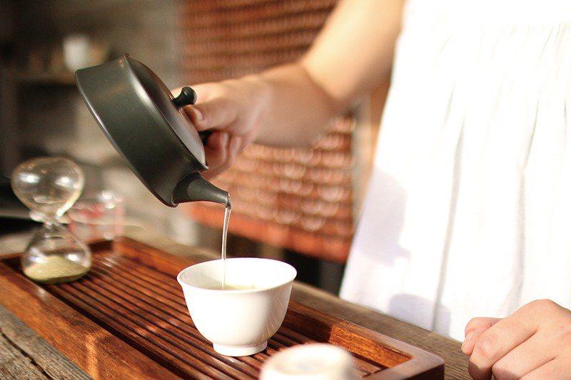 嚴選每年的4月下旬至5月上旬採收的茶葉,旅客不僅能在此品茶試飲,也能了解日本茶的...