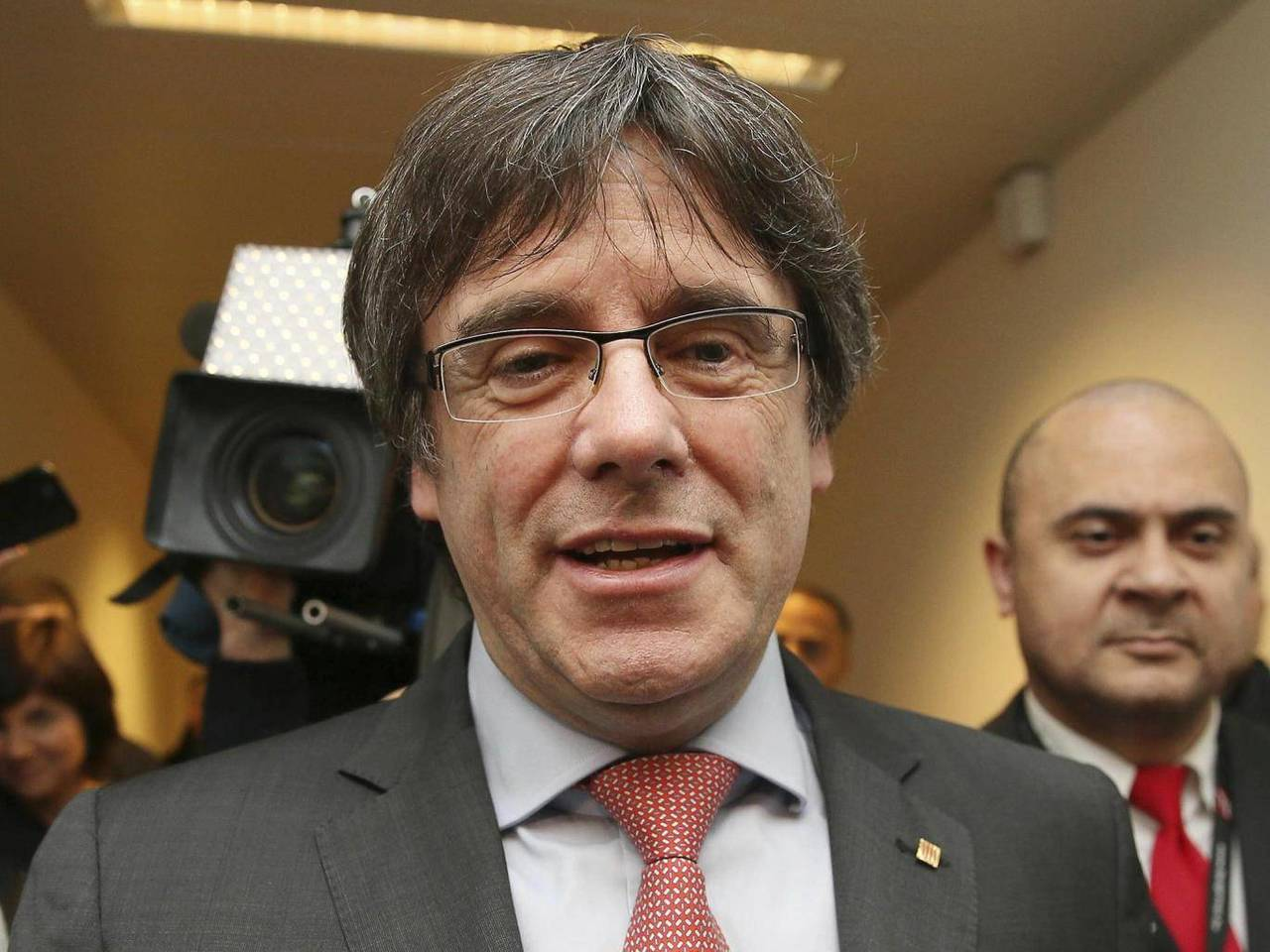 加泰隆尼亞獨派在新選出的議會稍占上風,但挺獨大將普伊格蒙特要重新執掌自治區政府還...
