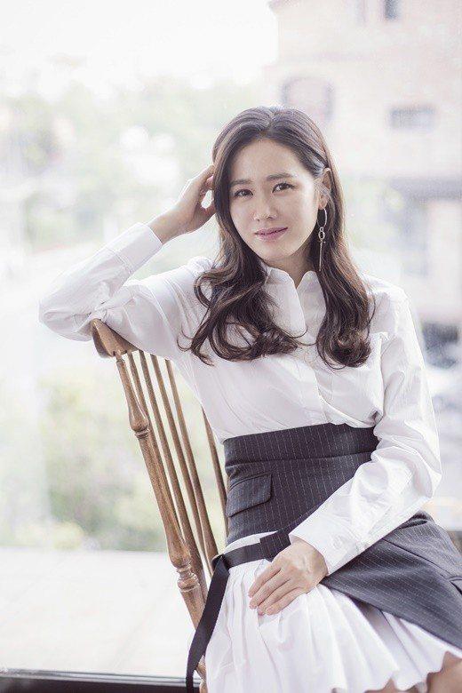 孫藝珍確定出演JTBC電視臺新劇「請吃飯的漂亮姐姐」(暫譯)。圖/MSteam