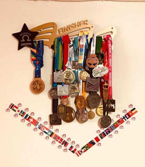劉憶萱參與國際超跑賽事獲獎無數。圖/全球職涯發展協會提供