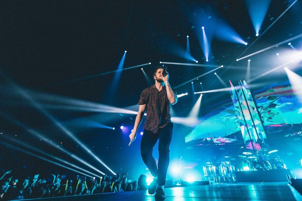 超人氣搖滾樂團Imagine Dragons謎幻樂團亞洲巡迴正式開跑,15日更將