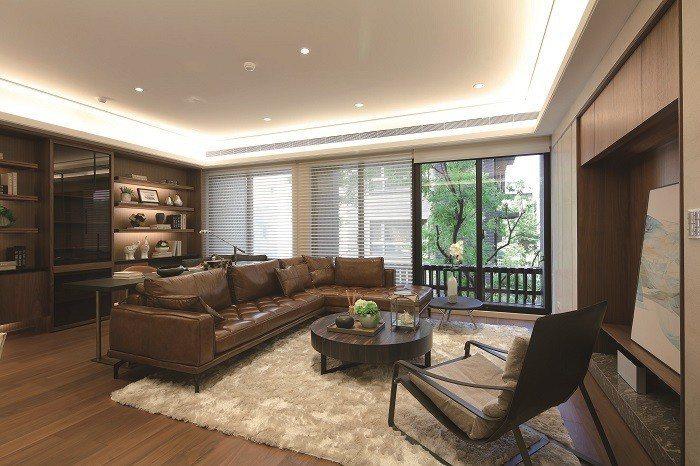 客餐廚臥,方正動線一體成型,並擁大片窗景、完整的大片牆,空間開闊、也好裝潢。 圖...