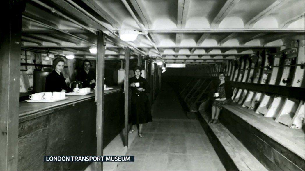 1943年起,南克萊芬的防空洞,曾是戰爭指揮中心辦公室,每個週末都有軍隊住宿於此...