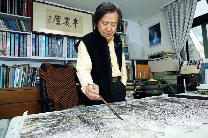 在繪畫路上的追尋,王南雄的畫筆未曾停過。