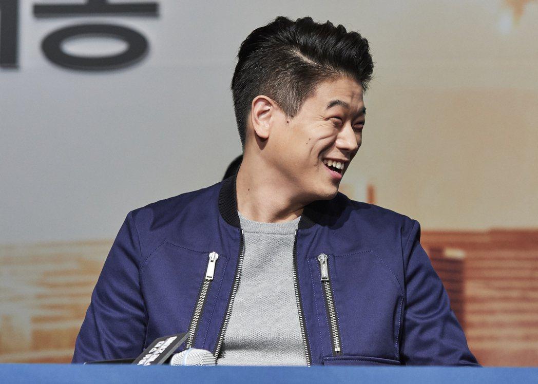 韓裔美籍的李基弘這一集較少與另2位主角互動,搞笑表示「好寂寞」。圖/福斯提供