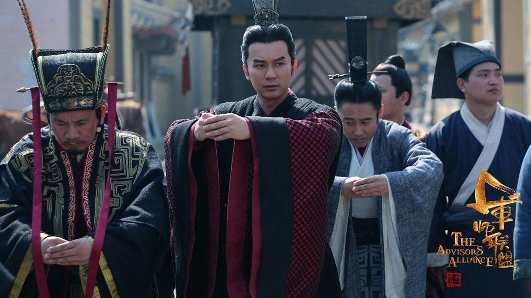 李晨在「軍師聯盟」中演曹丕。圖/中視提供