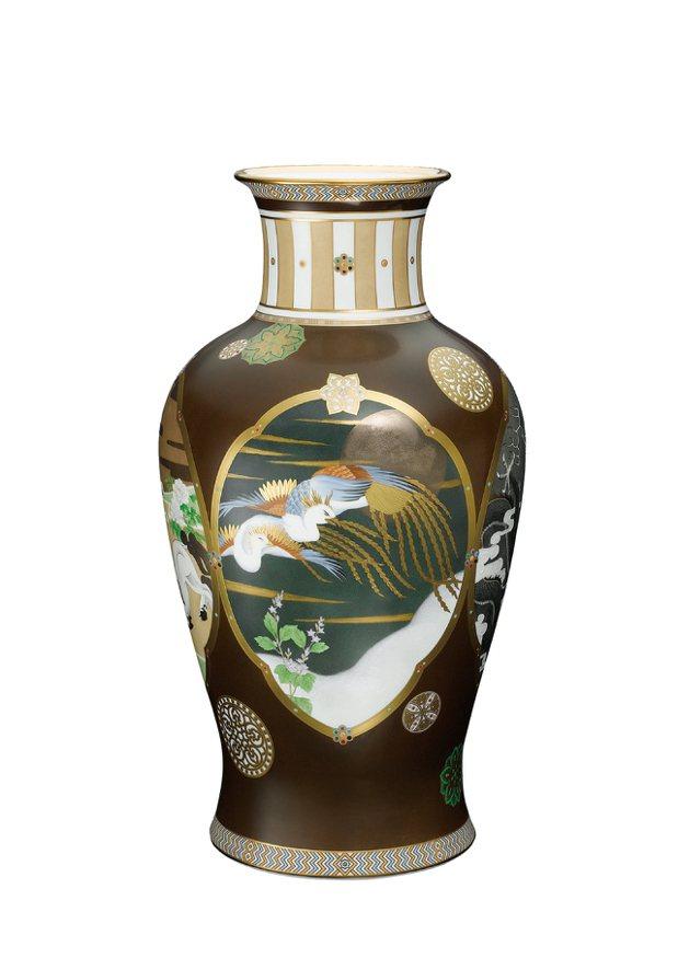 價值320萬的「四神」花瓶。圖/Noritake提供