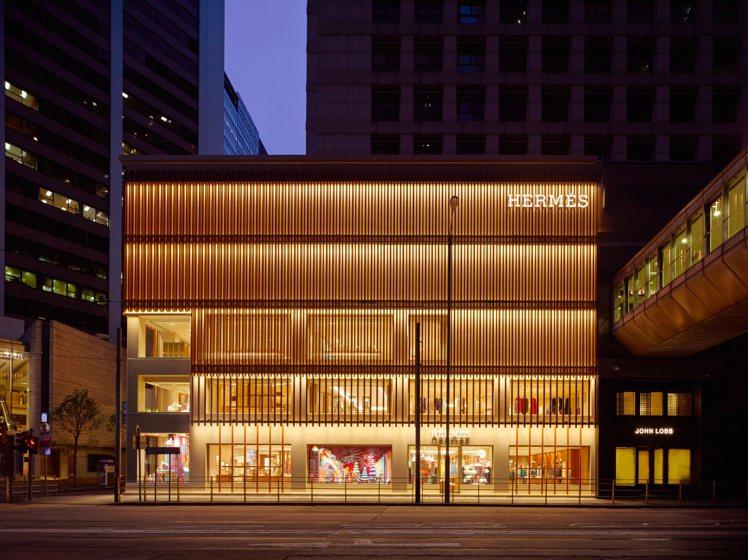 愛馬仕香港中環太子專門店甫開幕,成為璀璨新亮點。圖/愛馬仕提供