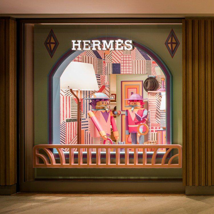 愛馬仕香港中環太子專門店開幕,找來法國紙雕藝術家設計櫥窗。圖/愛馬仕提供