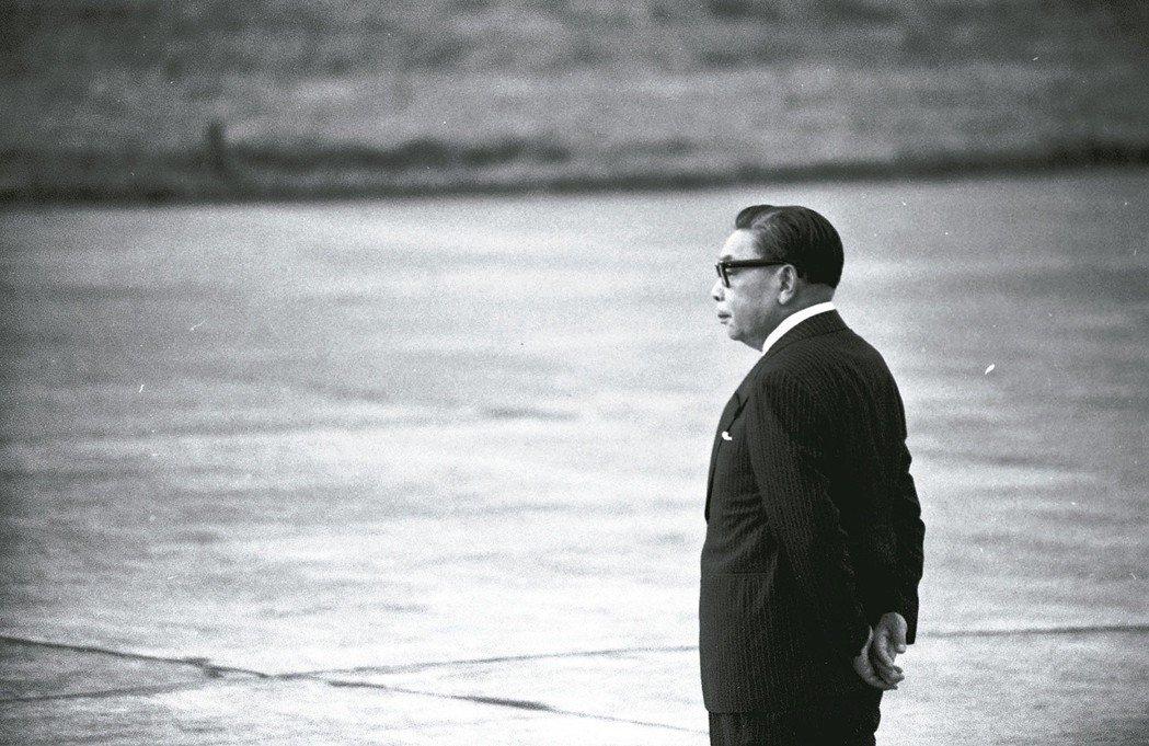 1976年時任行政院長的蔣經國。 聯合報系資料照/龍啟文攝影