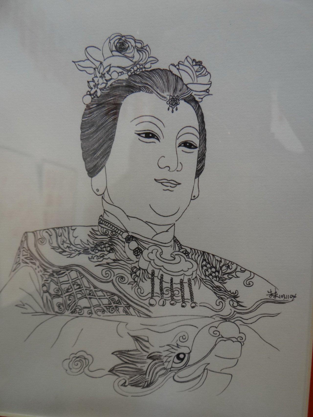 作家朱朱遍訪全國媽祖廟並手繪媽祖畫像,讓民眾欣賞到全國各地媽祖不同的神韻,相當難...