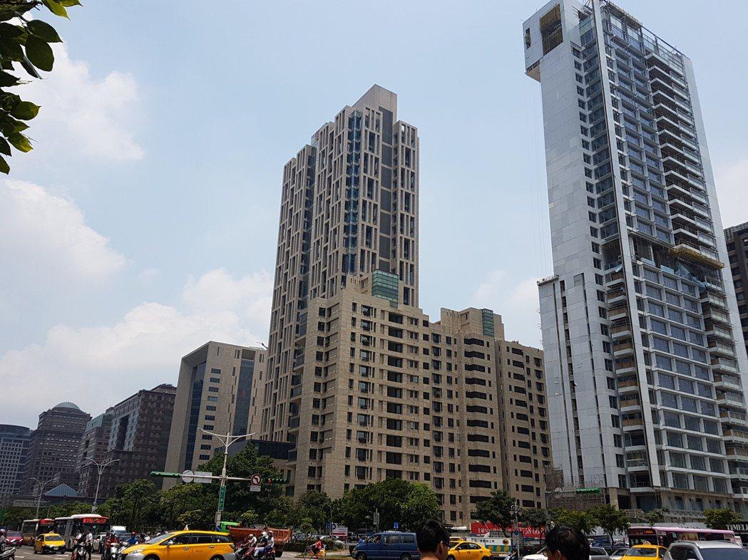 電商擴張及金融業搬遷潮,台北A辦租賃市場,今年肯定不寂寞。記者孫中英/攝影。