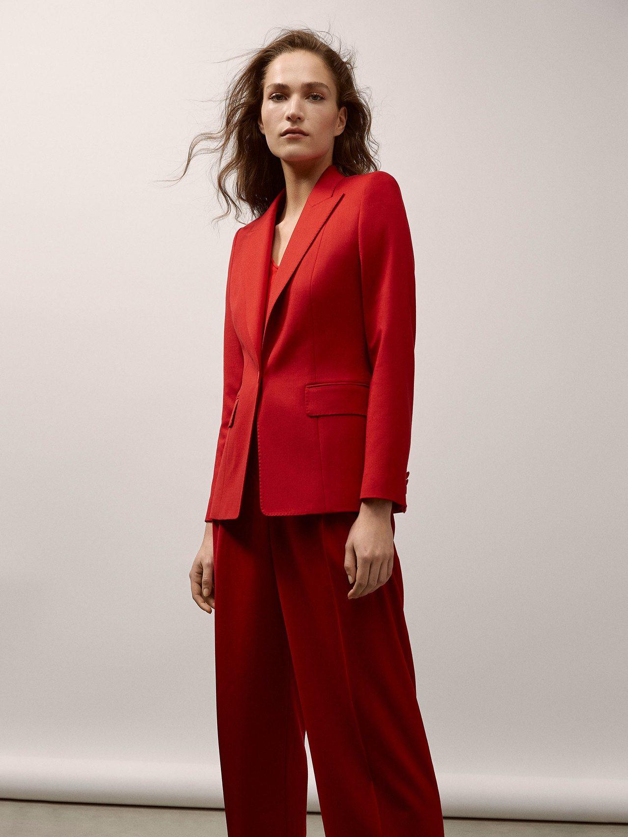 Massimo Dutti紅色羊毛西裝外套7,950元。圖/Massimo Du...