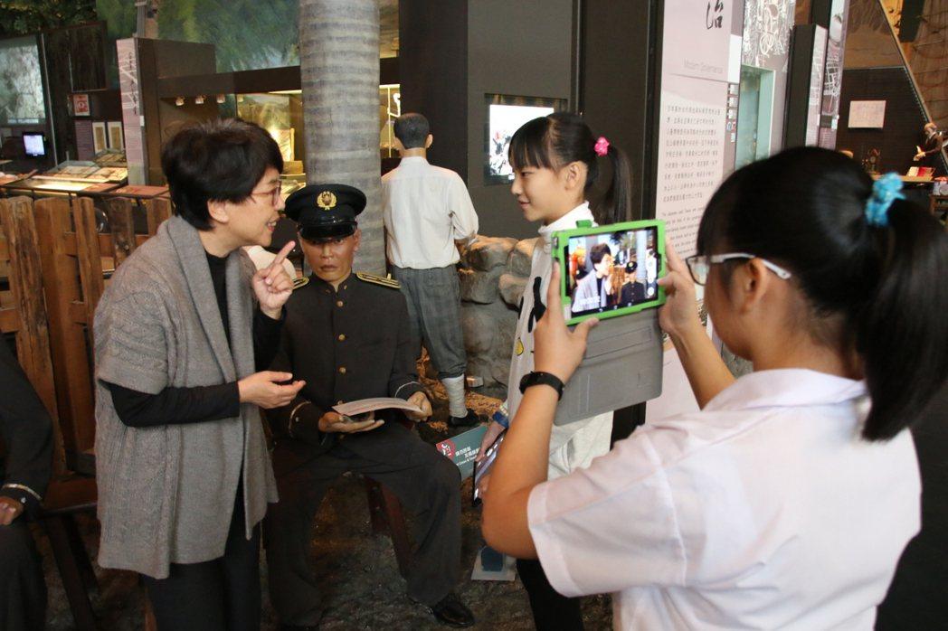 台南市安南區和順國小六年級生結合戲劇與導覽,呈現對台灣歷史的認識。圖/和順國小提...