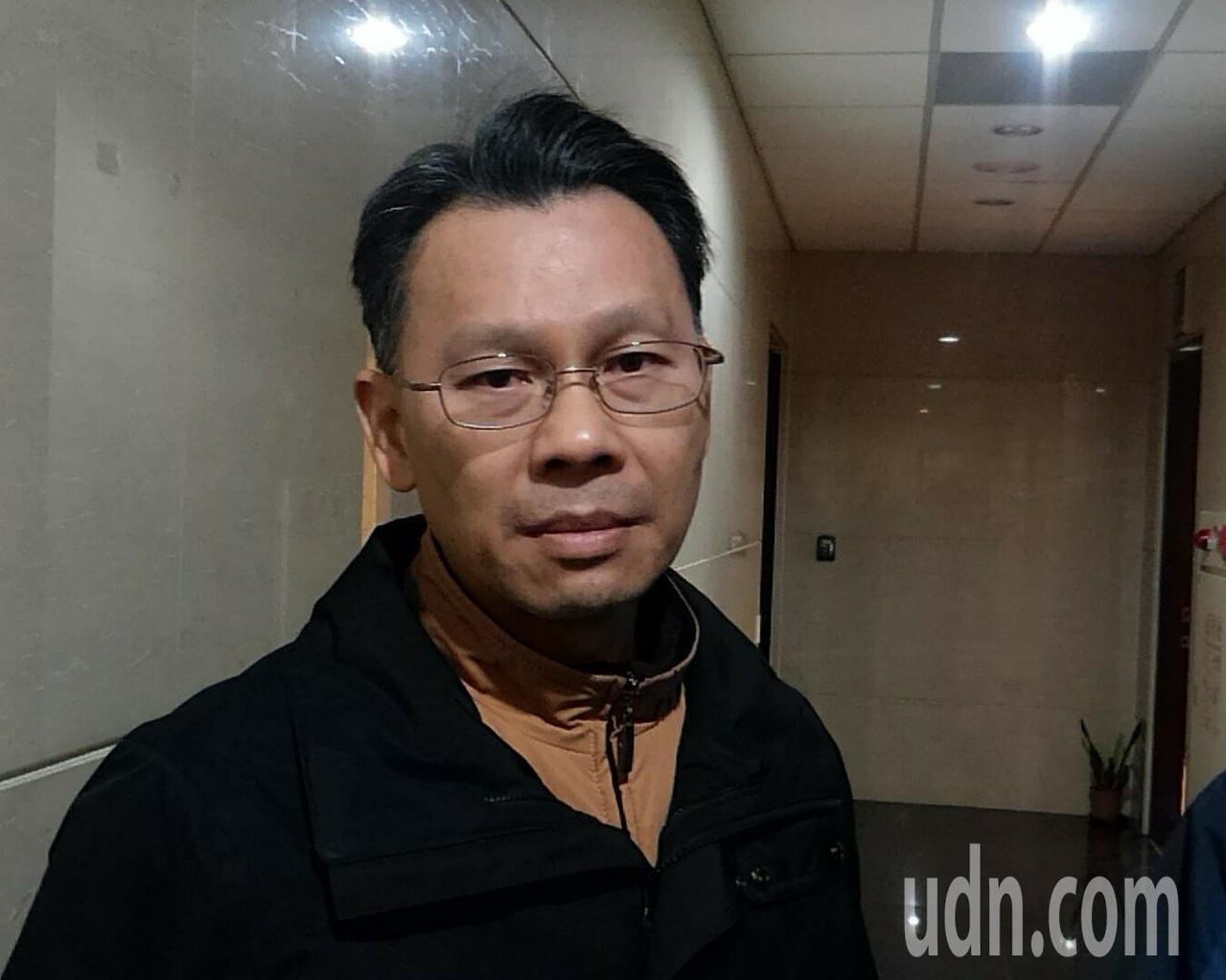 陳百祿今晚獲檢方請回,他表示 ,「我以清廉自許,我用我的人格保證,我怎麼可能做這...