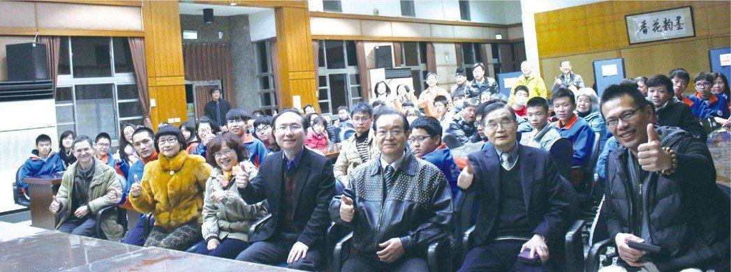 臺北科大五專部的招生說明會,12日前進宜蘭。 吳佳汾∕攝影
