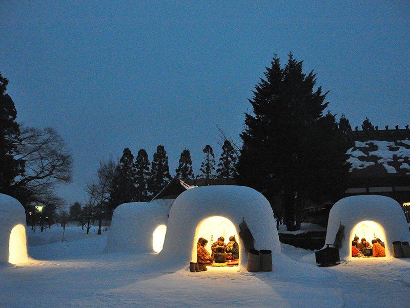 秋田橫手雪屋祭。圖/一般社團法人横手市観光協会提供