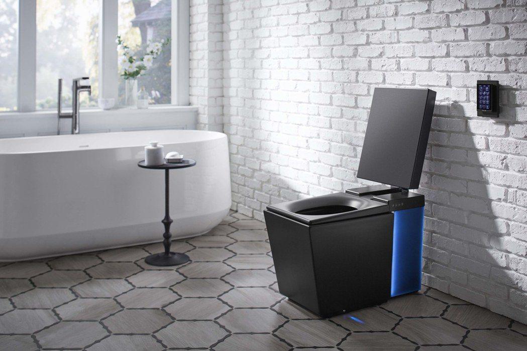 科勒公司發表以Alexa啟動的智慧型馬桶。(圖/取自網路)