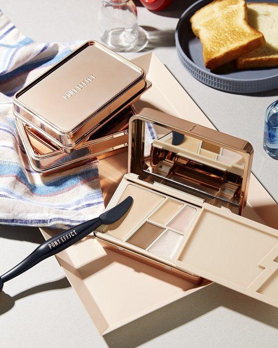 PONY EFFECT無瑕光潤底妝盒,售價1,200元,共2色。圖/PONY E...