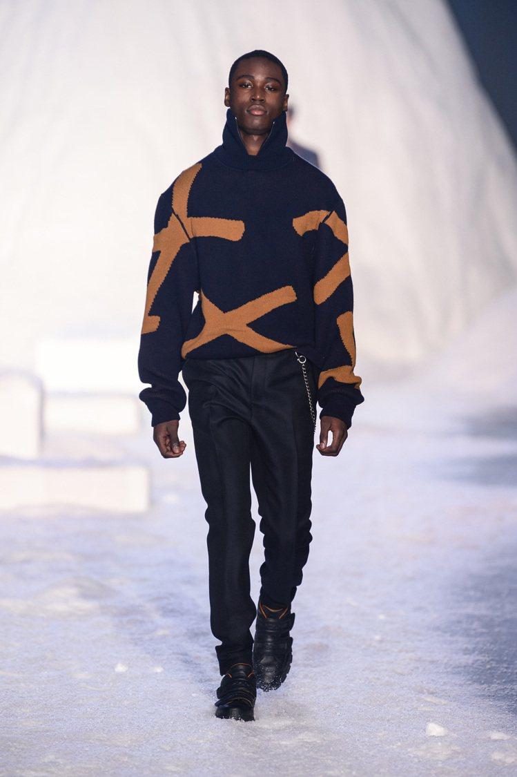代表Ermenegildo Zegna Couture標識的「XXX」符號,也以...