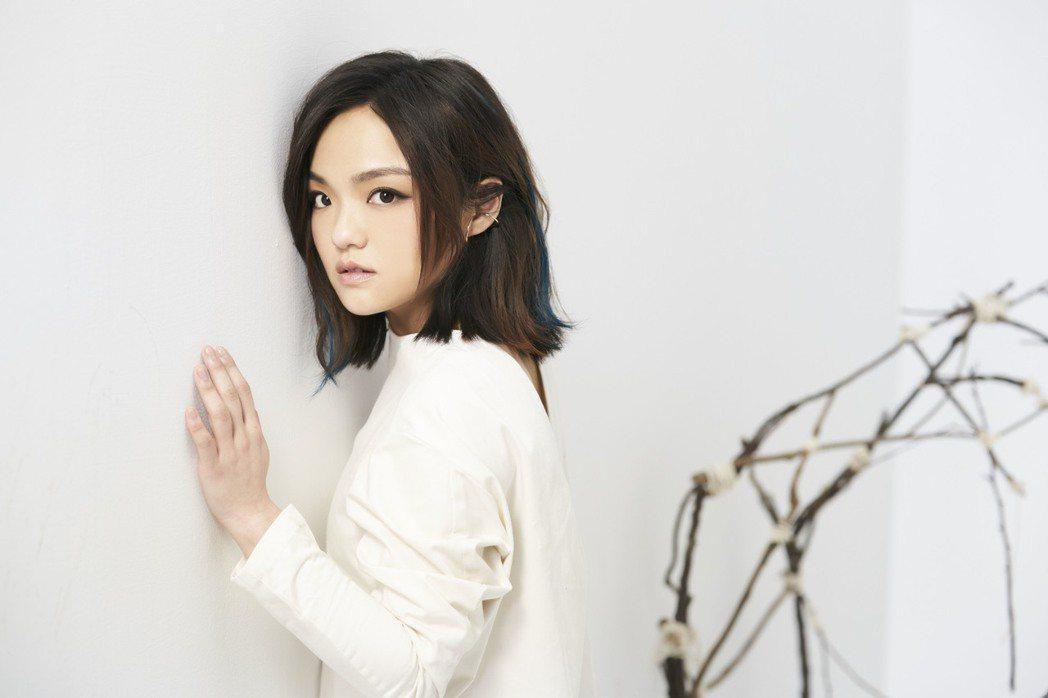 徐佳瑩新歌「心裡學」MV意境唯美。圖/亞神提供