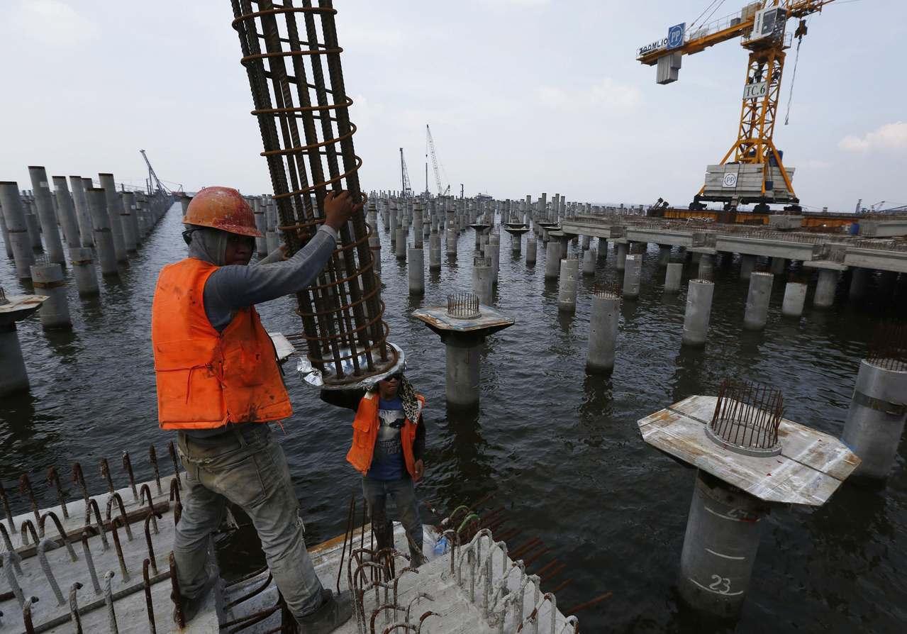 持續的基建投資讓印尼經濟實現了比以往任何時候都更強的互聯性,在主要島嶼之外的新成...