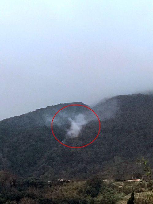 陽明山小油坑相對位置的七星山東南麓,被當地居民觀測到冒出氣體,質疑似有新的火山作...