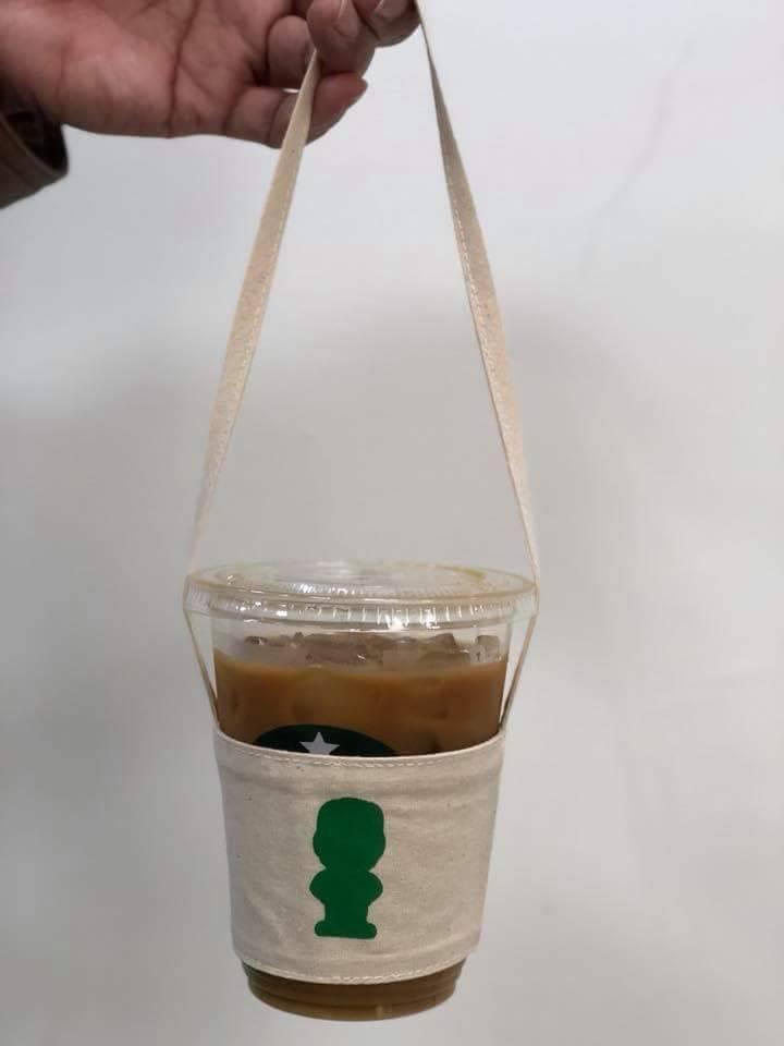 響應限塑政策,大同大學歲末年終推出環保飲料提袋,只送不賣,外界詢問度高。大同大學...