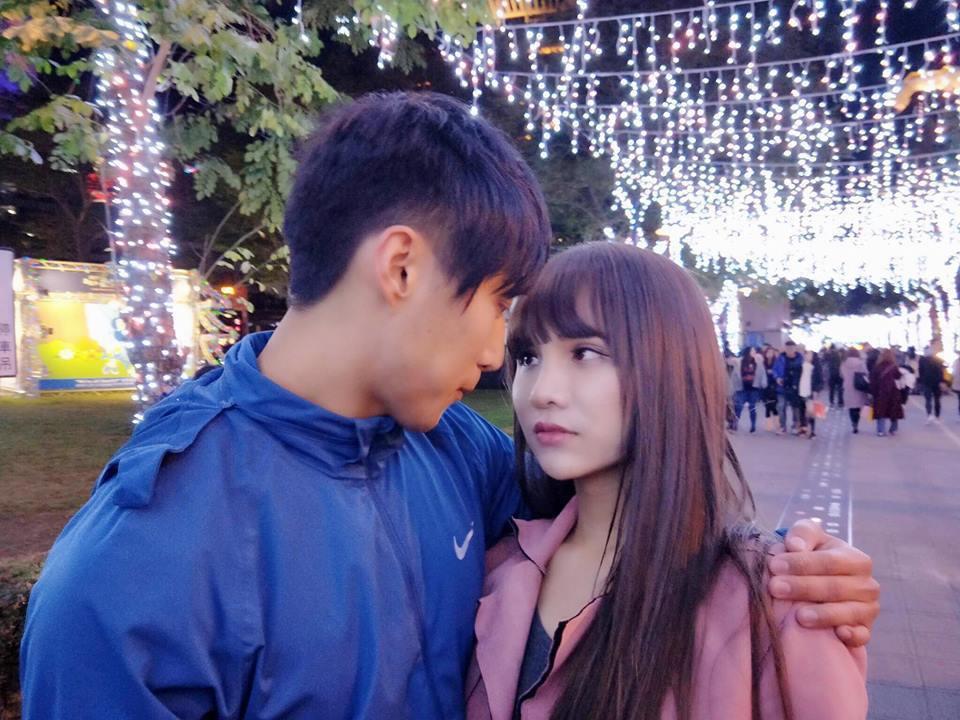 小A辣和男友王聖富熱戀中。圖/摘自小A辣臉書