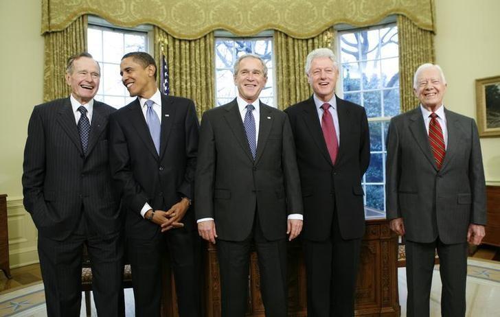 美國前總統(左起)老布希、歐巴馬、小布希、柯林頓與卡特。 (路透)