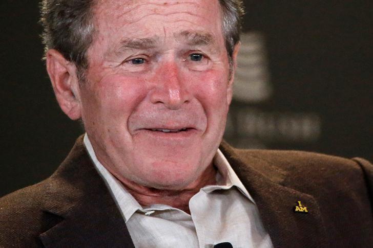 美國前總統小布希習慣早睡早起。 (路透)